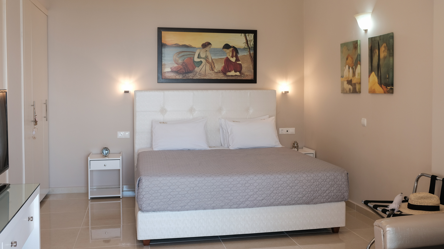 Brentanos Apartments Corfu | Luxury One Bedroom Apartment